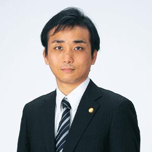 弁護士 上杉 研介